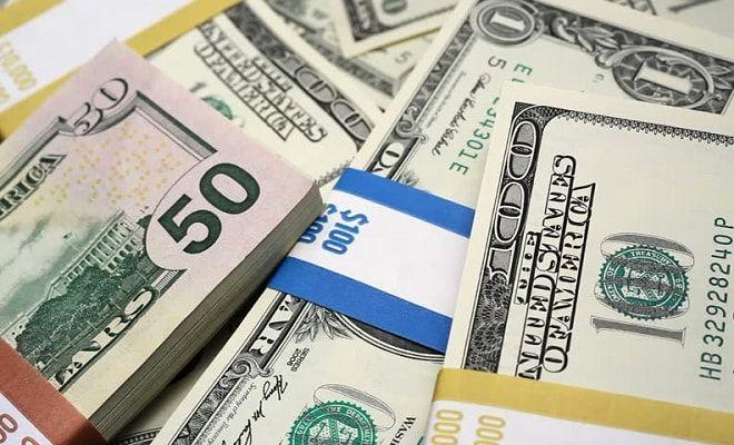 پیشبینی یک کارشناس از قیمت دلار/ چرا نرخ ارز پایین نمی آید؟