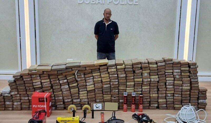 کشف بزرگ همه را شگفت زده کرد/ 500 کیلو کوکائین در اختیار پلیس!