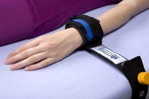 چرا دست بیماران کرونایی به تخت آی سی یو بسته می شود؟