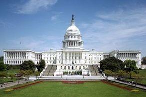 چراغ دموکراسی آمریکا رو به افول است