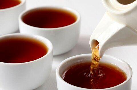 چای سیاه را در این مواقع اصلا نخورید!