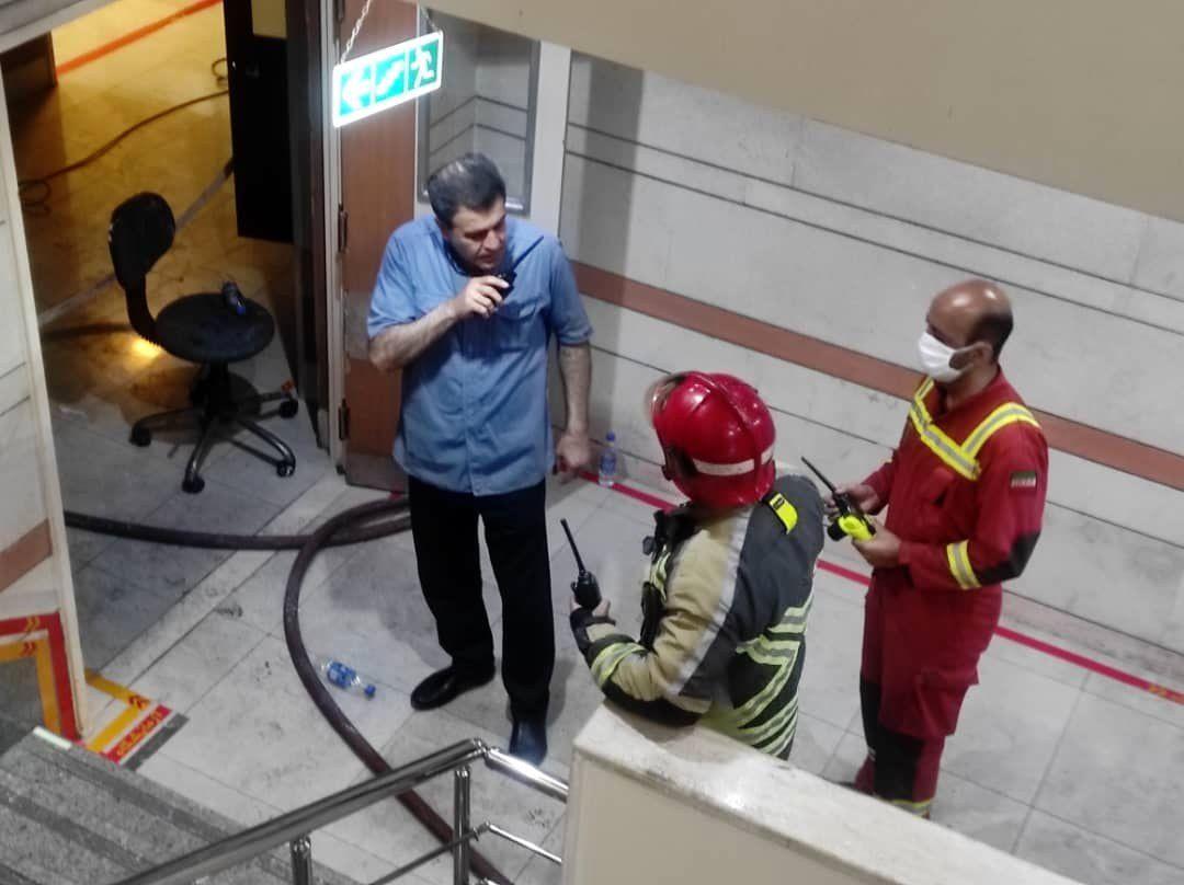آتش سوزی مهیب یک بیمارستان در تهران/ نجات دهها نفر از بیماران
