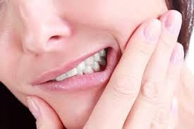 این خوراکی دندانهایتان را بهسرعت خراب میکند!