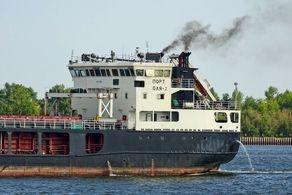 کشتی حامل محموله برای ایران در روسیه به گل نشست!+جزییات