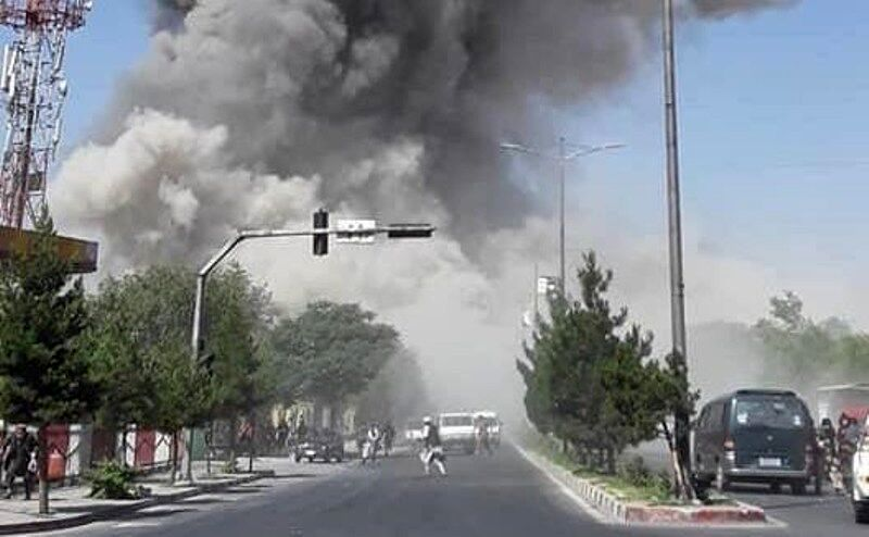 انفجار بزرگ در مسجد شیعیان/ افغانستان به خاک و خون کشیده شد