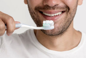 ۱۱ توصیه برای مراقبت از دندانها در زمان کرونا