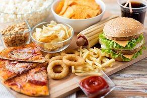 آسیب به زیبایی چهره با این ۶ عادت غلط غذایی